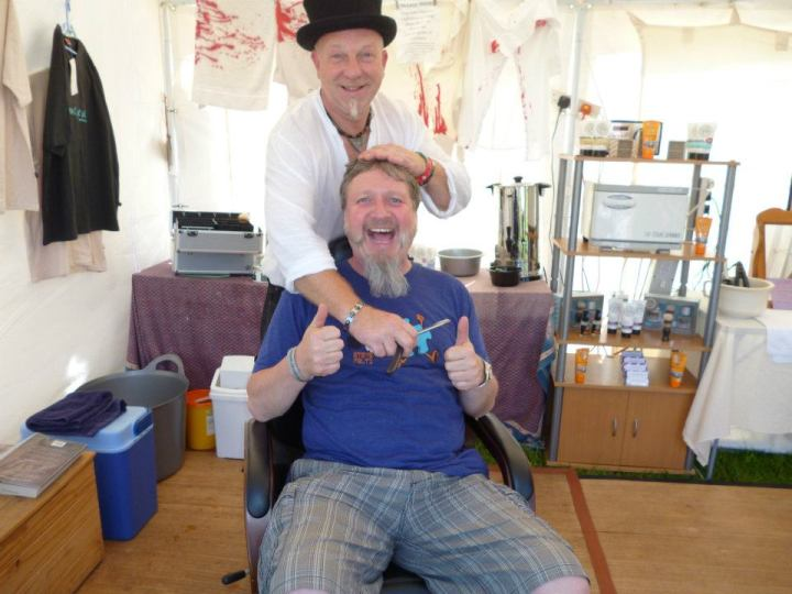 cut-throat-shaving-phil-weaver-in-the-chair